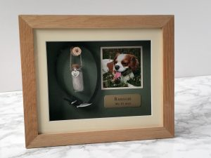 Pet Memorial Frame Oak